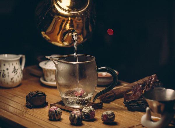 Чай с высушенными соцветьями