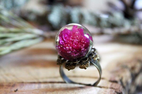 Цветок в кольце